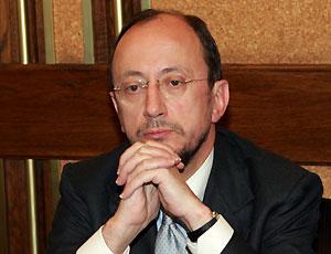 Angelo Maria Petroni ricorre al Tar contro la revoca