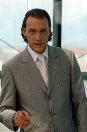 """Un dottore quasi perfetto, la fiction """"in prova"""" di Canale 5"""