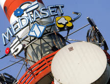 Mediaset e RCS in guerra per i video del Grande Fratello 9