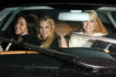 Lindsay Lohan interpreterà Paris Hilton?