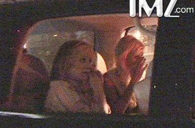 Paris Hilton entra in carcere – foto e video