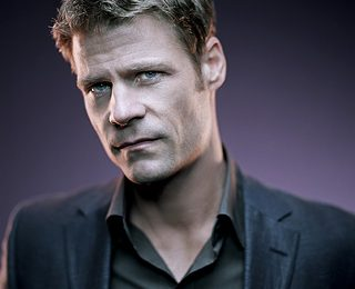Joel Gretsch, da 4400 al film Saving Grace