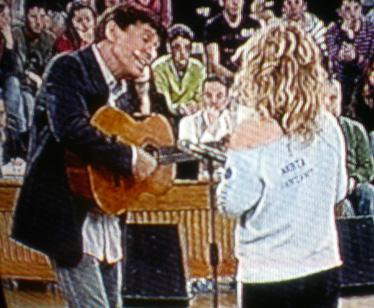 Gianni Morandi aiuta Marta