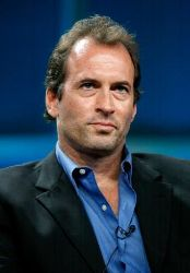 Scott Patterson parla di Aliens in America