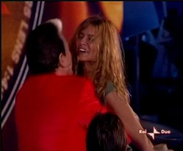 L'abbraccio tra Cristiano e Debora