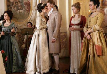 La Figlia di Elisa: set galeotto per il cast, che si rincontra a Spoleto