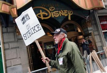 Sciopero degli sceneggiatori, la NBC e la CBS non pagano Letterman e Leno (aggiornamenti)