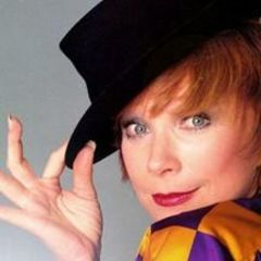 Miniserie su Coco Chanel, Shirley MacLaine sarà Coco