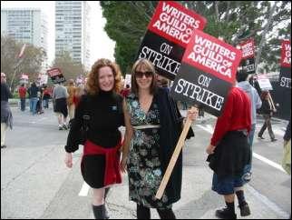 151 milioni di dollari persi (and counting): le stime dell'AMPTP sullo sciopero degli sceneggiatori
