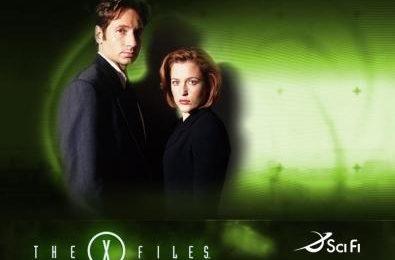 Gillian Anderson mette all'asta due pass per visitare il set di X Files (fotogallery)