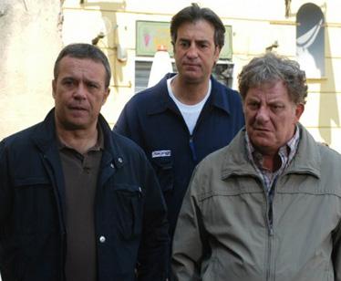 I Cesaroni pronti a superare Sanremo con Raoul Bova, Alena Seredova e Maria De Filippi