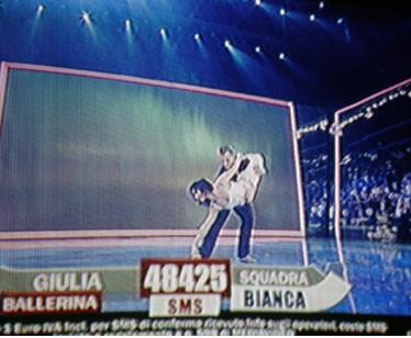 Giulia balla con Leon