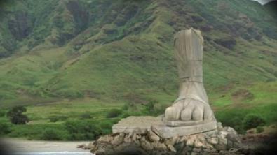 """""""La statua con quattro dita? Troppo strana, persino per Lost"""""""