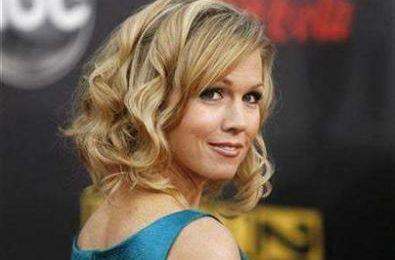 Jennie Garth potrebbe apparire nello spinoff di Beverly Hills 90210