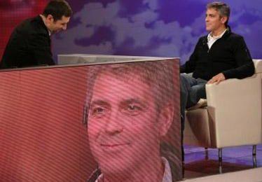 George Clooney protagonista, tra Striscia, Fazio e la politica italiana