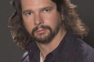 Ronald D. Moore creerà una trilogia per Tom Cruise