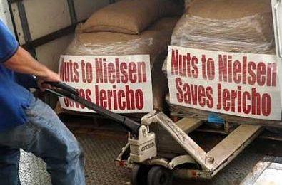 """I fan di Jericho protestano contro la Nielsen, """"colpevole"""" per la cancellazione della serie"""