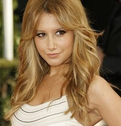Ashley Tisdale malata di HIV? Solo un (brutto) rumors di internet