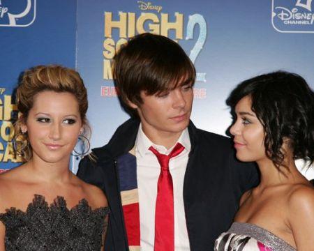 """Vanessa Hudgens: """"Il mio Zac non puzza!"""""""