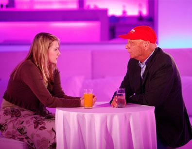 Natasha Kampusch, l'esordio tv con l'intervista a Niki Lauda