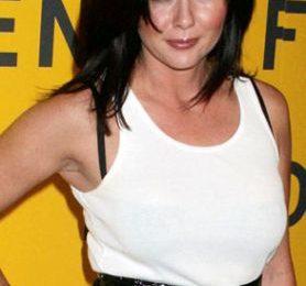 Brenda (Shannen Doherty) in 90210 (versione musical)