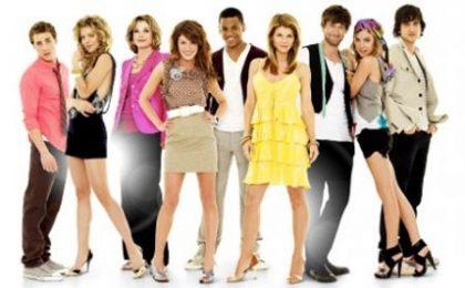 90210, più commedia nella serie