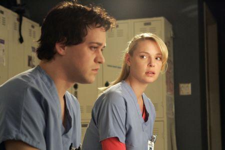 T.R. Knight lascia Grey's Anatomy?
