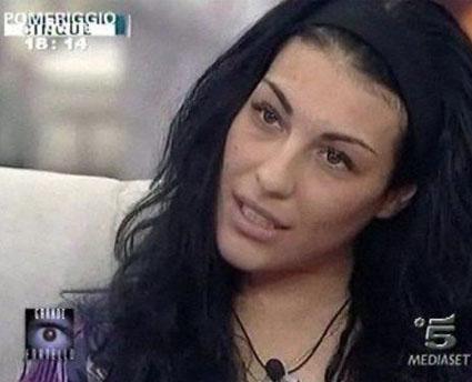 GF9, Leonia querela l'amica Caterina D'Agostino