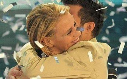 Marco Carta vince Sanremo 2009. Povia secondo