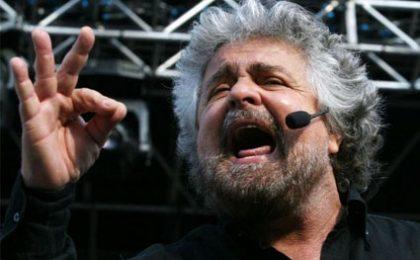 Ilaria D'Amico chiede scusa per Grillo