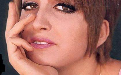 """""""Sanremo non è decotto"""" dice Bonolis. Salta Jim Carrey"""