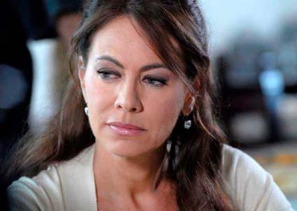 I Cesaroni, Elena Sofia Ricci torna nella quinta stagione