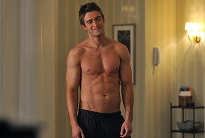 Robert Buckley new entry in One Tree Hill 7