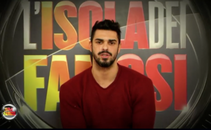 Cristian Gallella, malore in discoteca: l'ex tronista rassicura i fan
