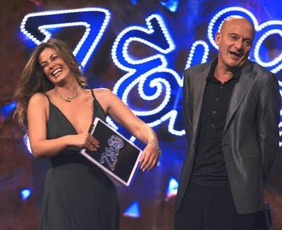 Programmi Tv stasera, oggi 19 gennaio 2010: Zelig, Io e mio figlio, Dr House 6, Ballarò