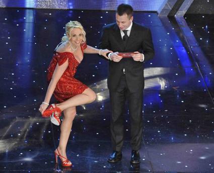 Programmi Tv stasera, oggi 20 febbraio 2010: Festival Sanremo 2010, Cold Case, Eyes Wide Shut