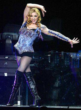 Madonna, consulente matrimoniale in reality e regista per film sui Windsor