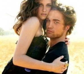 Twilight, Robert Pattinson sta con Kristen Stewart