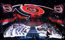 Sanremo 2010 - blogcronaca quarta serata: vince Tony, fuori Ruggeri e Moro