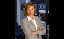 Allison Janney in Lost, HIMYM, Brothers and Sisters, Episodes: casting e novità