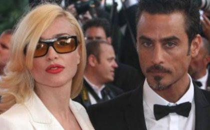 Paola Barale: La tv? È peggiorata. Con Raz Degan è amore vero