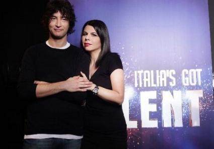 Programmi Tv stasera, oggi 17 maggio 2010: Italia's Got Talent, Il commissario Montalbano, Voyager