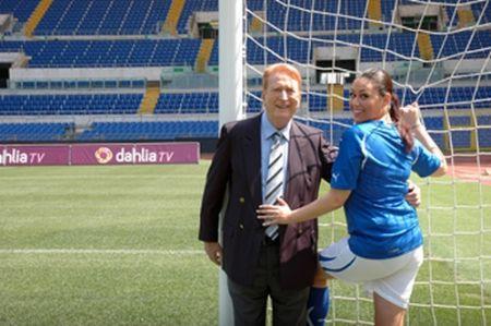 Mondiali Calcio 2010, Aldo Biscardi su Dahlia con Sara Ventura per Fratelli d'iDahlia
