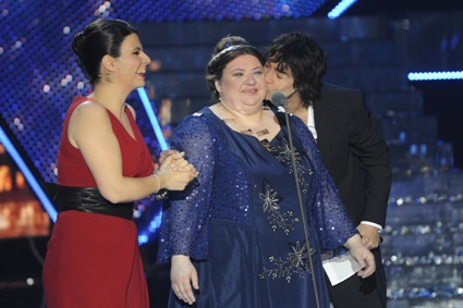 Programmi Tv stasera, oggi 24 maggio 2010: Tutti pazzi per amore 2, Voyager, L'infedele e il finale di Lost