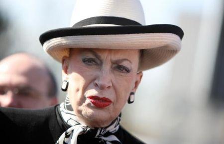 Miss Francia, Geneviève de Fontenay perde la sua battaglia con la Endemol