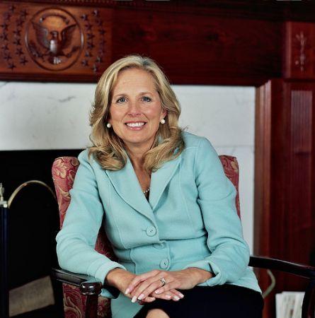 Jill Biden in Army Wives, SVU, Entourage, Dexter 5 e Showtime: novità