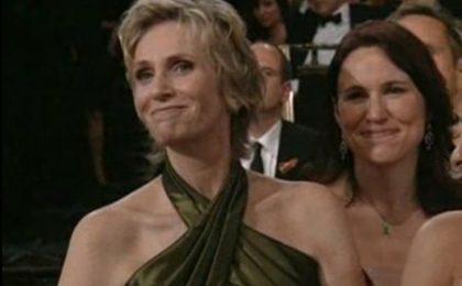 Glee 2, in arrivo un personaggio cristiano; Jane Lynch e Lara Embry spose