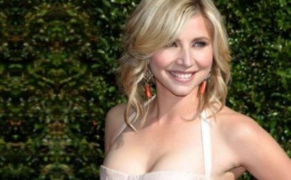 Sarah Chalke in Mad Love?