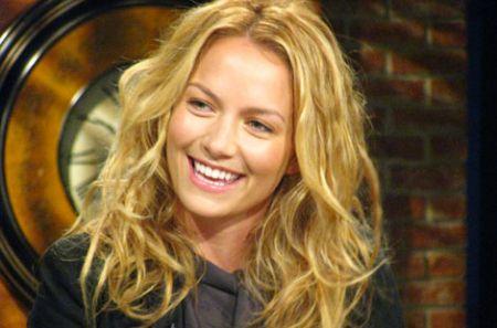 NBC: Love Bites slitta in midseason, Zachary Levi vuole Lynda Carter in Chuck 4