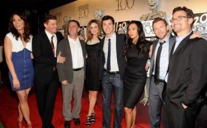Bones 6, spoiler da Hart Hanson, David Boreanaz ed Emily Deschanel